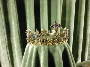 Crown2ndFavorite