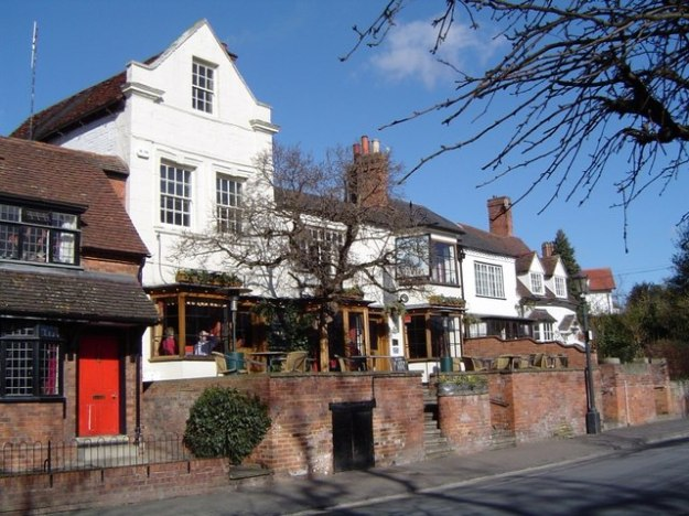 The_Dirty_Duck,_Waterside,_Stratford_on_Avon_-_geograph.org.uk_-_607409